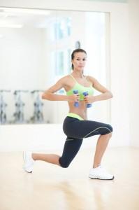 ejercicios para gluteos zancadas