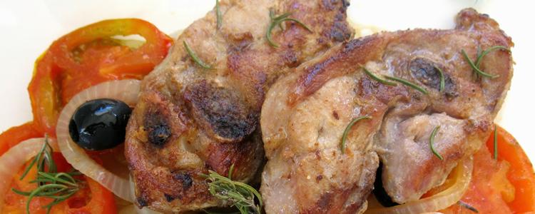 cenas ligeras chuletas de pavo y lombarda con manzana